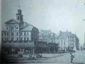 L'hotel de ville sur la place du vieux marche.